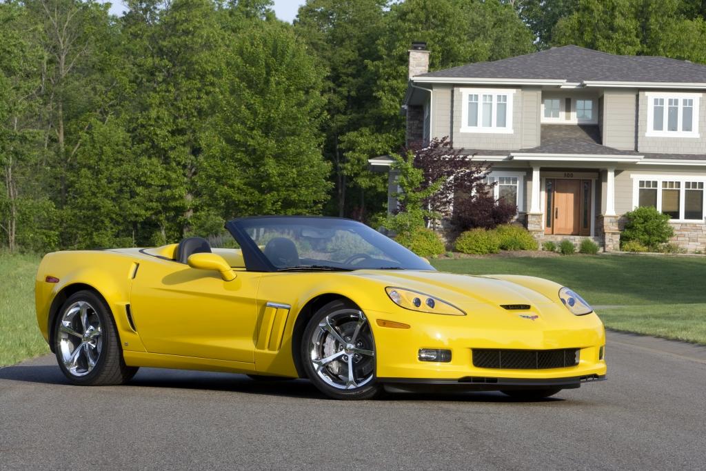 Besitzern, die ihre Corvette tatsächlich mit E10 betanken wollen, rät die DAT sich an das Corvette Customer Assistance Center zu wenden. Rufnummer: 00800 - 86 80 88 00 (Bei Anrufen aus Mobilfunknetzen können Gebühren anfallen)