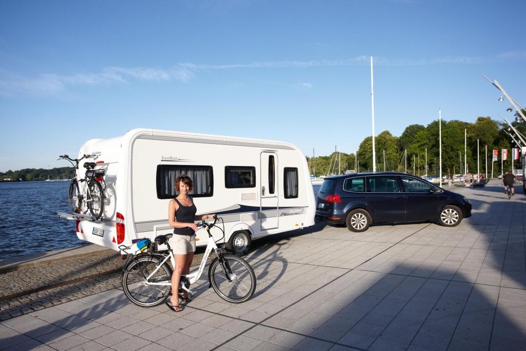 CMT Stuttgart 2012: Hobby Prestige überarbeitet, mehr Ausstattung für De Luxe und Excellent
