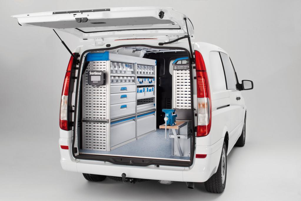 Das Transportermodell Mercedes-Benz Vito gibt es mit branchen- und kundenspezifischen Ausbaulösungen aus einer Hand.