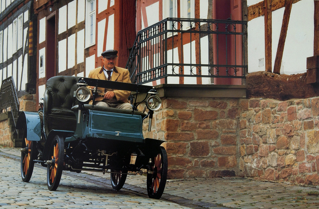 Das erste Auto made in Rüsselsheim: der Opel Patent Motorwagen System Lutzmann (1899).