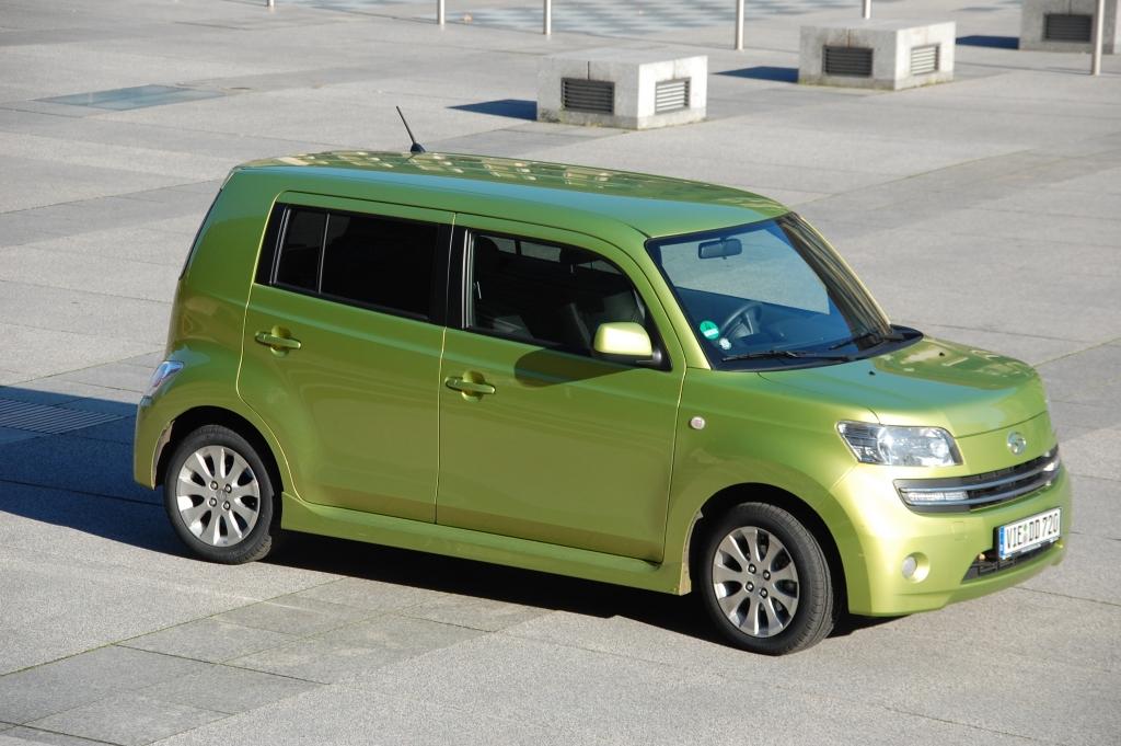 Dem Sirion M3, Materia M4 und Terios J2 erteilt Daihatsu hingegen für alle Varianten eine E10-Freigabe.