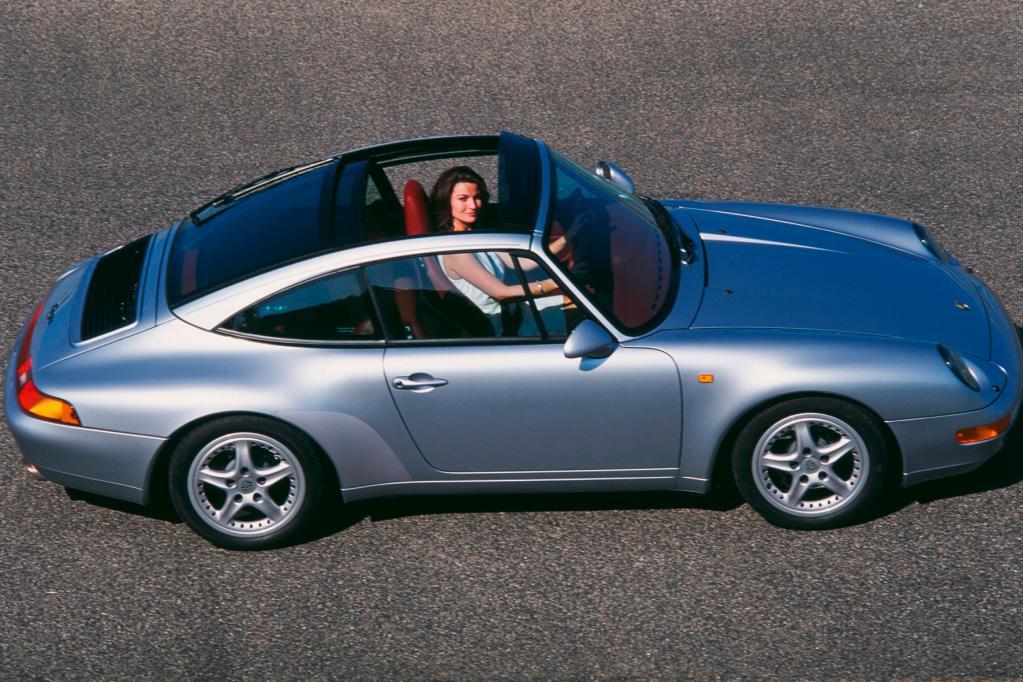 Der letzte luftgekühlte 911 lief in den Jahren 1993 bis 1998 vom Band. Der Interessent muss mit Preisen ab 25 000 Euro rechnen.