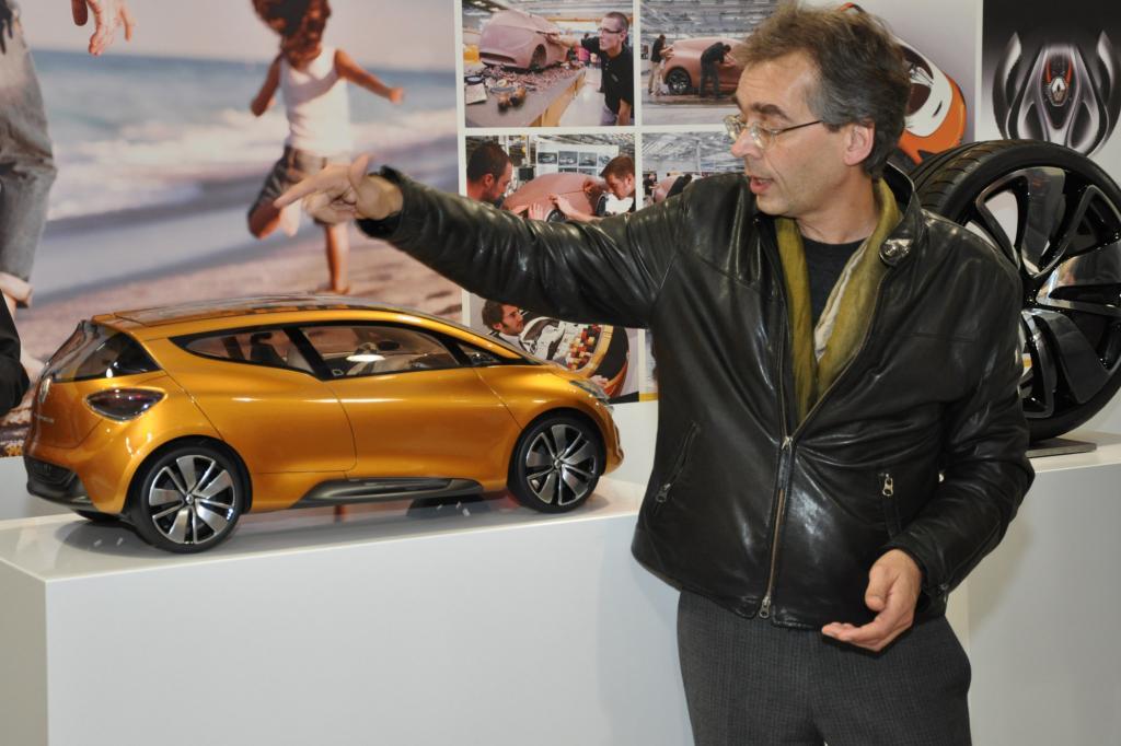 Designer Axel Breun erklärt das Modell