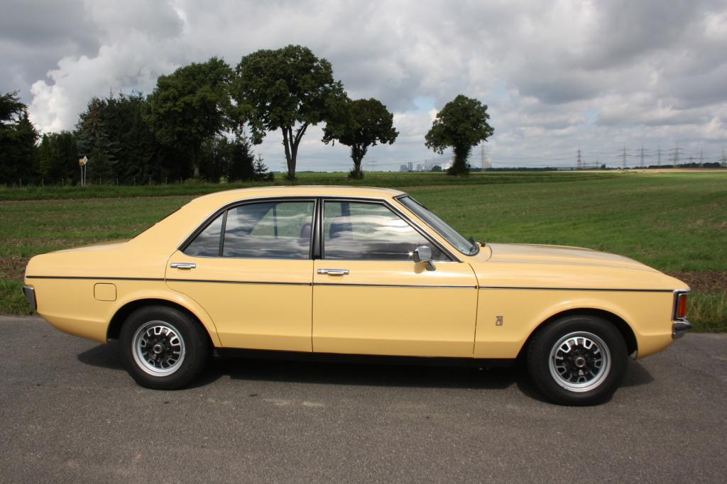 Dezenter Farbton bei der Limousine des Jahres1976