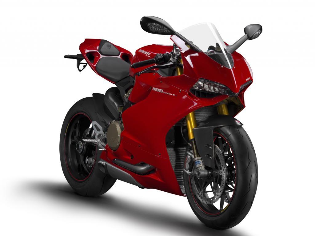 Die Ducati 1199 Panigale setzt Maßstäbe beim Leistungsgewicht, denn 192 Kilogramm stehen 143 kW/195 PS gegenüber.