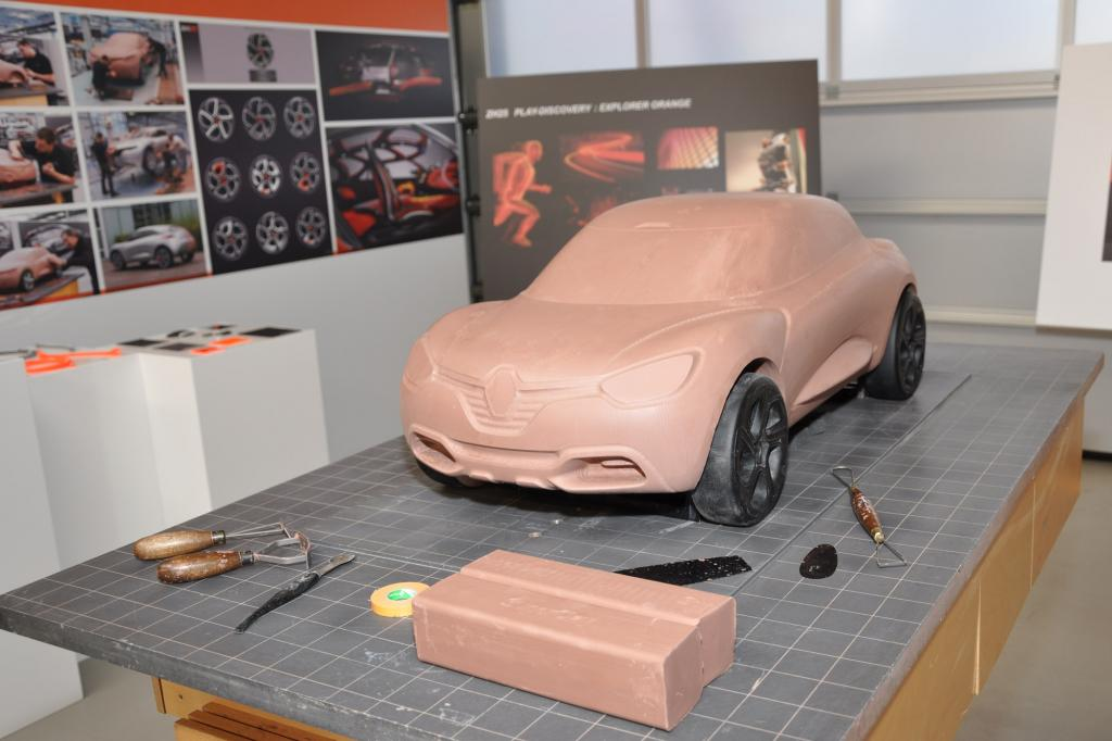 Ein Modell ist auch dieses Fahrzeug