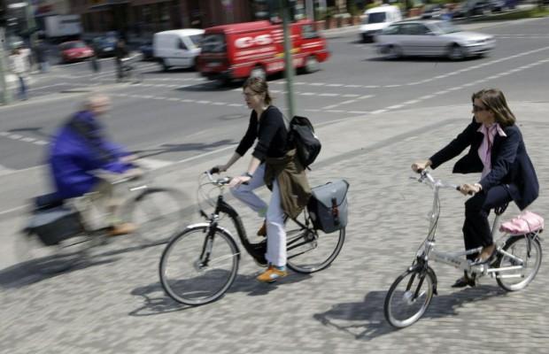 Kommentar: Helmpflicht für Fahrradfahrer