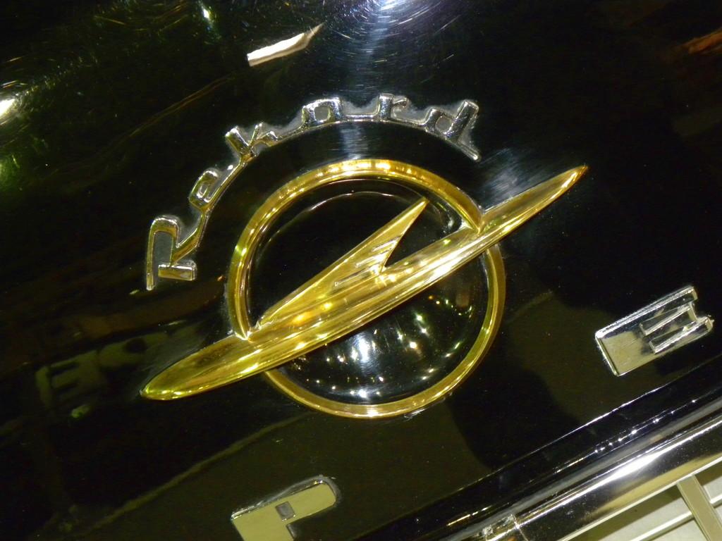 Logo Opel Oldtimer.