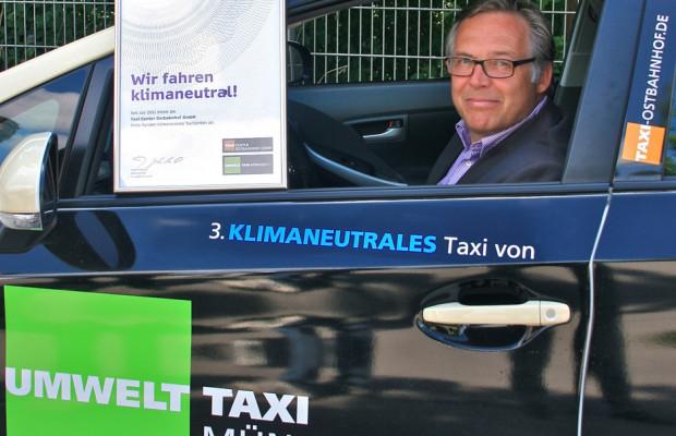 Münchener Umweltpreis für Toyota-Prius-Taxiflotte