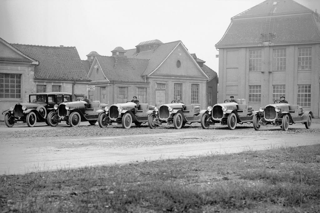 Maybach W3, 1921