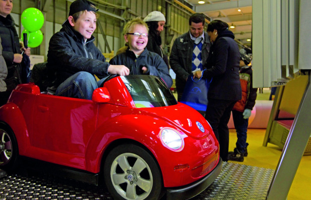 Mehr als 10 000 Besucher beim VW-Familientag in Osnabrück