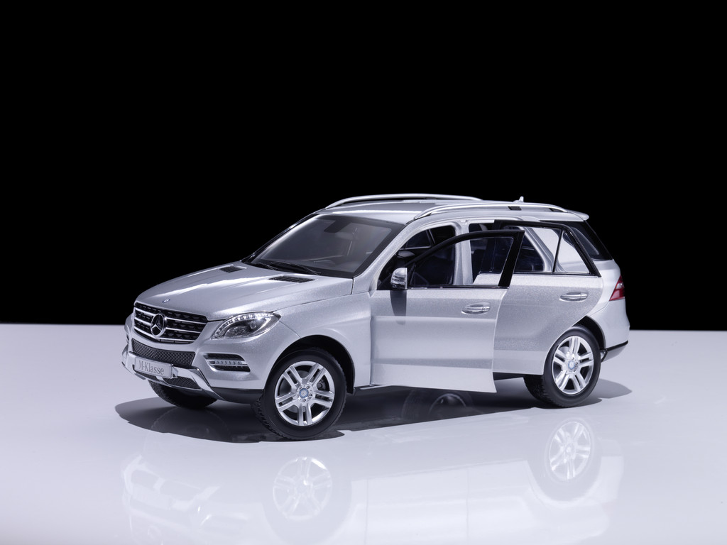 Mercedes-Benz B- und M-Klasse als originalgetreue Miniaturen