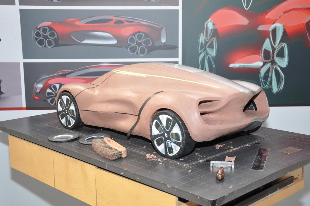 Mit künstlichen Ton lässt sich ein Auto günstig modellieren
