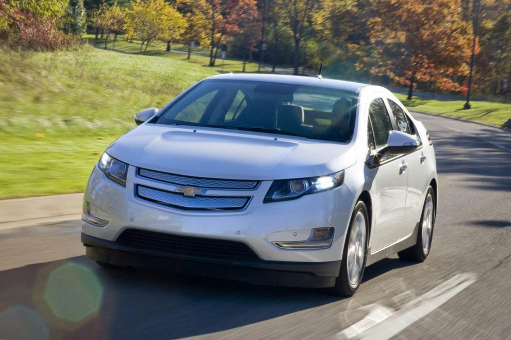 Nach einem Crashtest ist in den USA ein Chevrolet Volt in Flammen aufgegangen