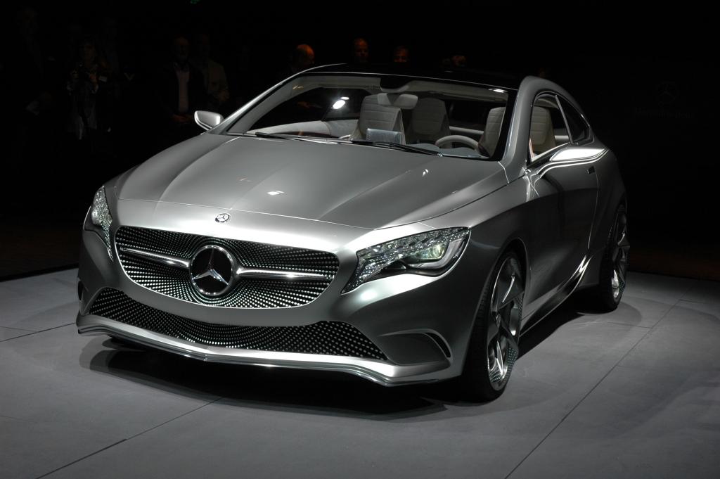 Neu 2012 bei Mercedes: A-Klasse, hier noch als Studie in Shanghai 2011.