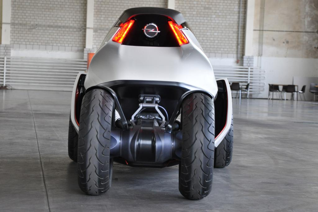 Opel will optisch bewusst vom konventionellen Auto weg und bricht mit alten Fahrzeugtraditionen