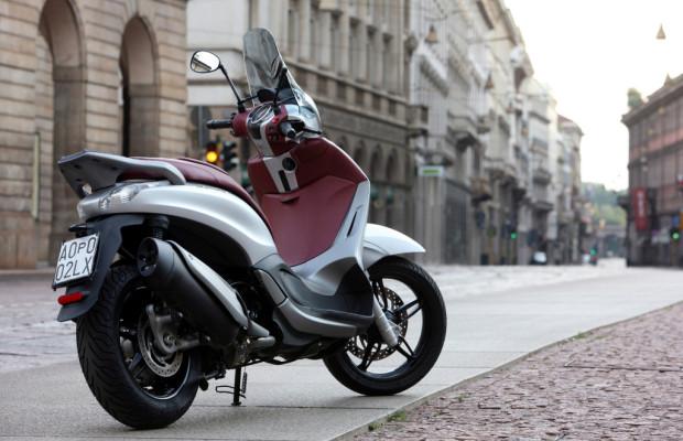 Piaggio bringt Beverly 350 mit Antischlupfregelung