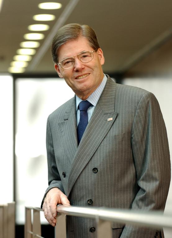 Professor Dr.-Ing. Hermann Scholl Vorsitzender des Aufsichtsrats der Robert Bosch GmbH und der Gesellschafterversammlung der Robert Bosch Industrietreuhand KG.