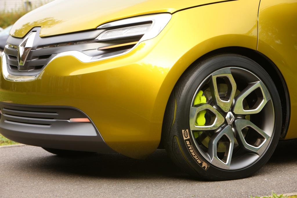 Renault Design - Stolzer Rhombus