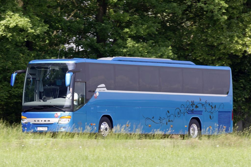 Setra-Busse mit Heckeinstieg