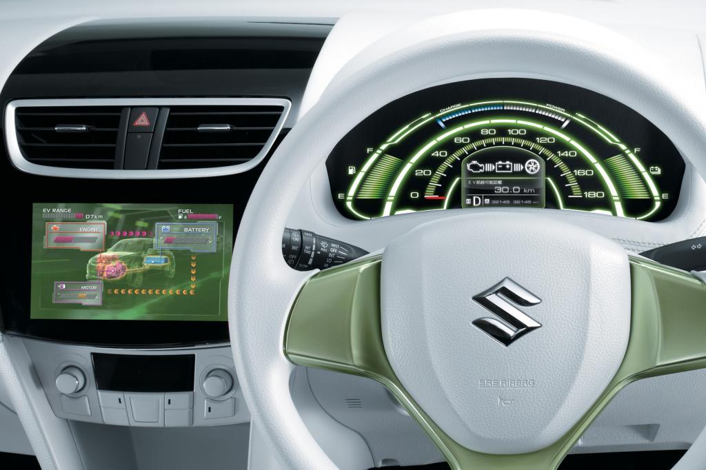 Suzuki will mit dem Swift EV Hybrid auch zeigen, dass man nicht auf die Elektro-Expertise von Volkswagen angewiesen ist. Das Ver