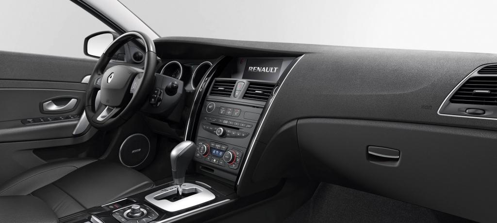 Test: Renault Latitude dCi 175 - Avantgarde ade