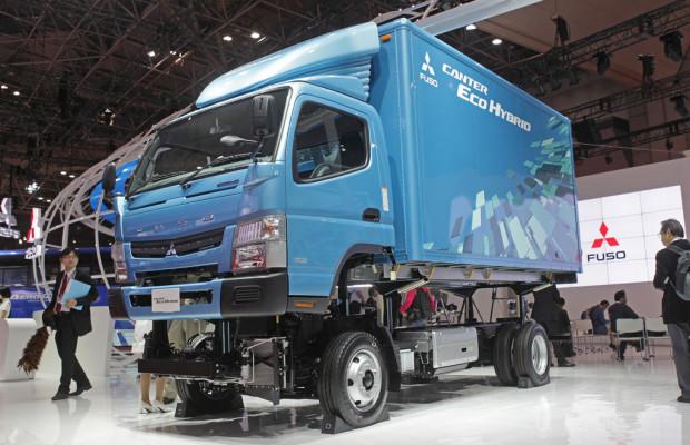 Tokio 2011: Fuso treibt Hybridaktivitäten voran