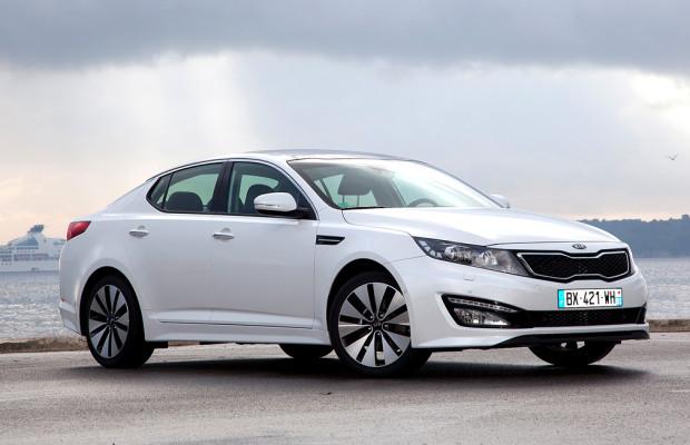 Vorsicht, Platzhirsche! Kia kündigt neue Optima-Limousine für April an