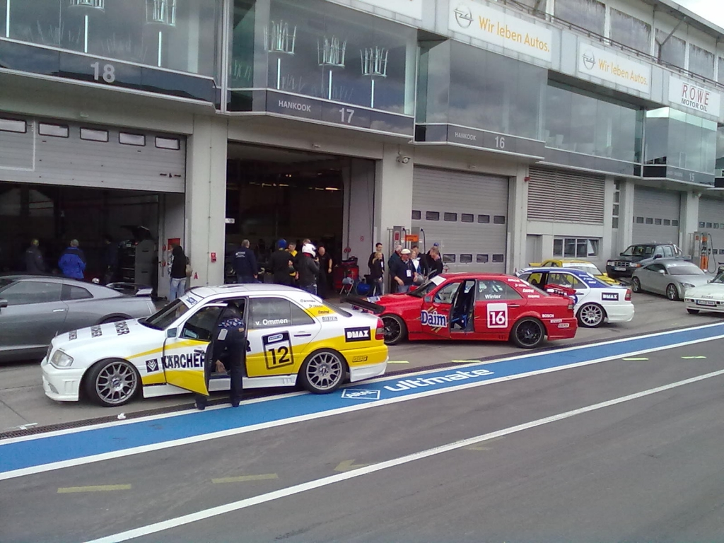 auto.de-Weihnachts-Gewinnspiel: Rennlizenz-Lehrgang auf dem Nürburgring