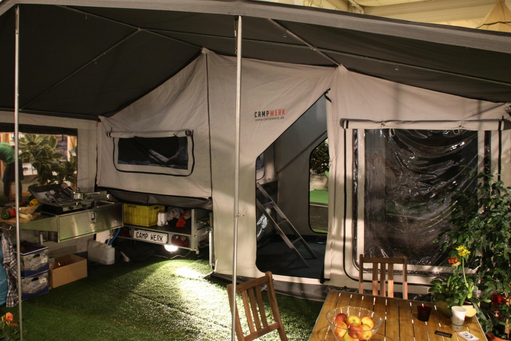 CMT 2012 Stuttgart: Camp Werk präsentiert Anhängerzelte