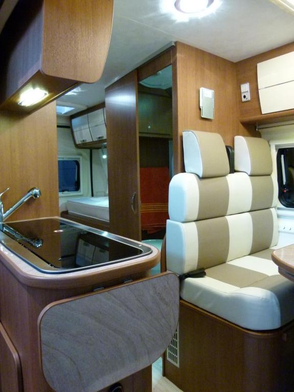 CMT Stuttgart 2012: Reisemobile vom Einstiegsmodell bis zum Luxusheim