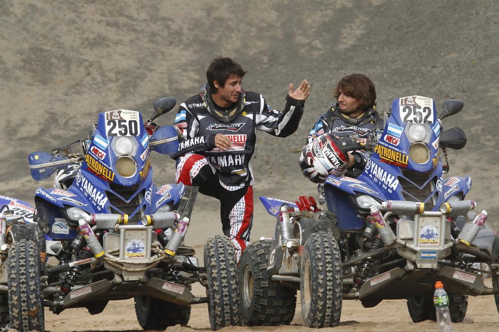 Dakar-Gewinner 2012: Alejandro (links) und Marcos Patronelli.