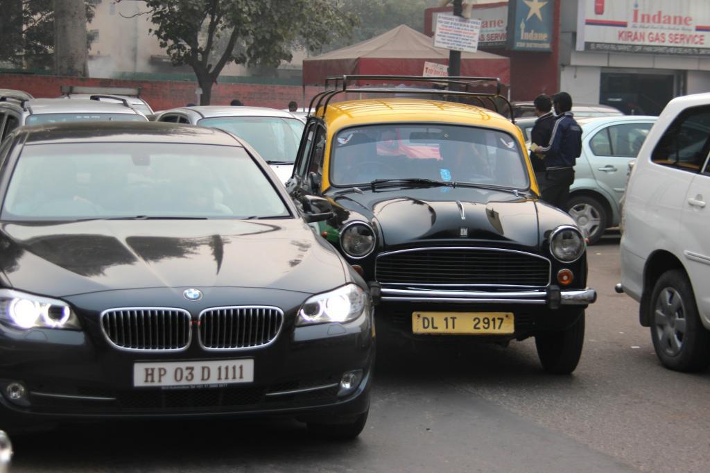 Das Billigmobil positioniert sich vor allem als Konkurrent zu den indischen Auto-Rischkas