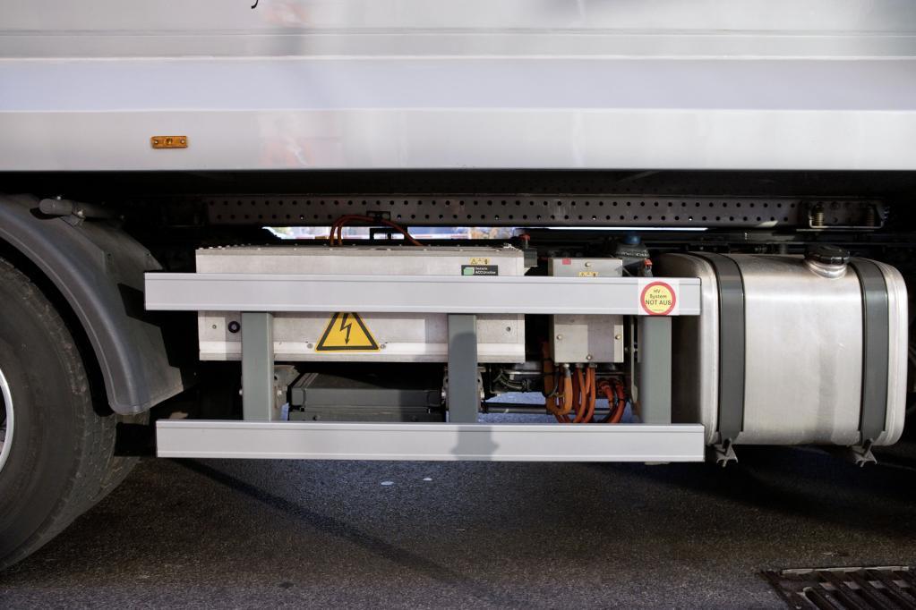 Der Econic Hybrid von Mercedes-Benz überzeugt im Müllsammelbetrieb und spart jährlich 2500 Liter Kraftstoff