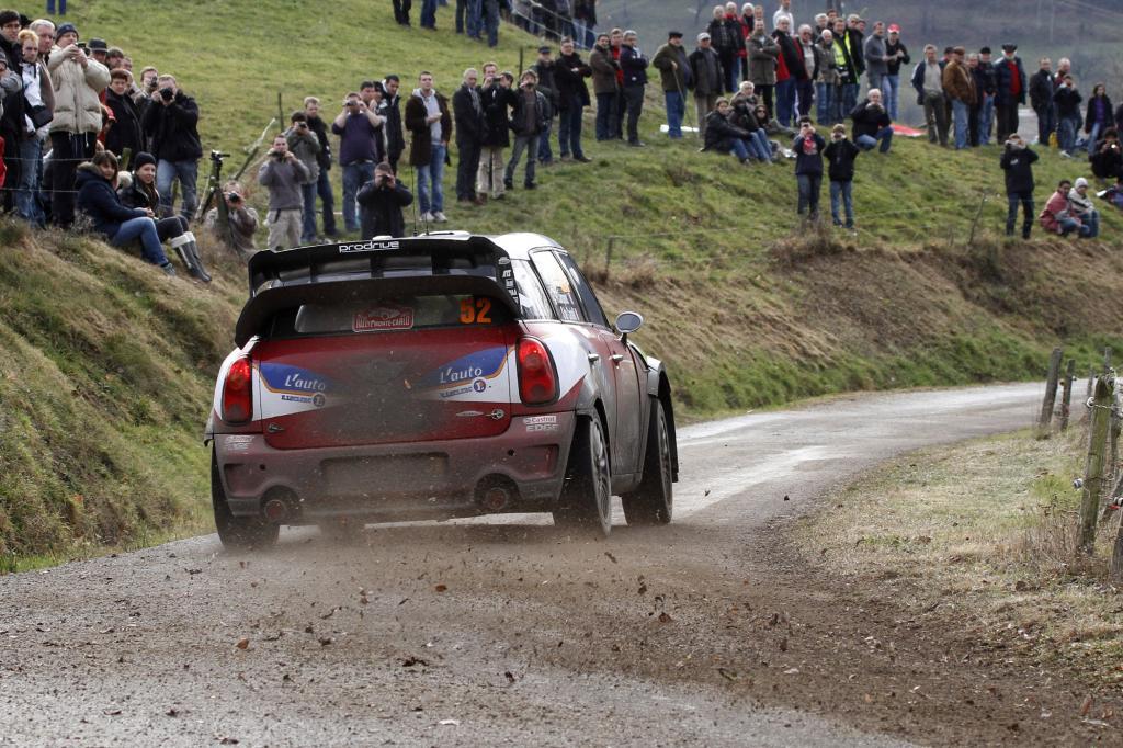Die bei herkömmlichen Autos üblichen Fahrhilfen sind in der WRC tabu