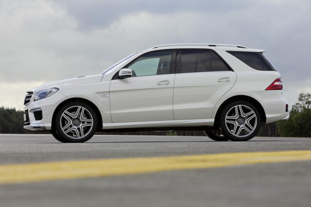 Gleich dreimal im Fuhrpark vorhanden. Ein Mercedes-Benz ML 63 von AMG. Einer hatte vorrausschauend als Kennzeichen