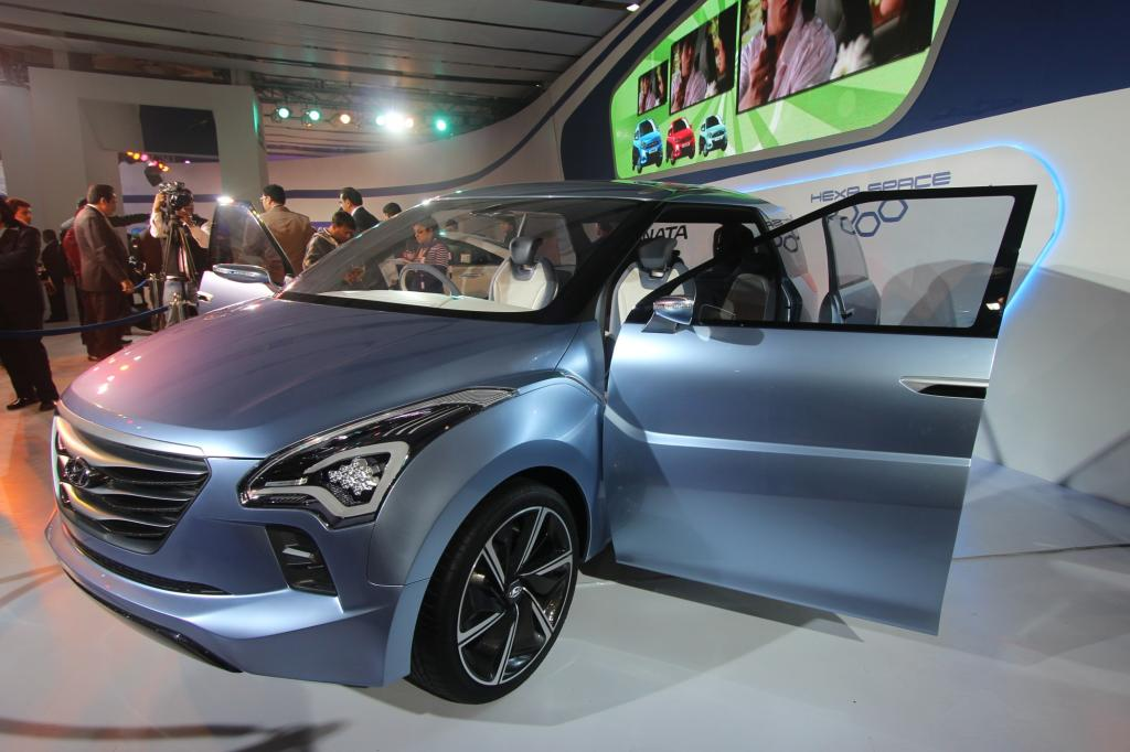 Hyundai zeigt in Delhi den Hexa Space