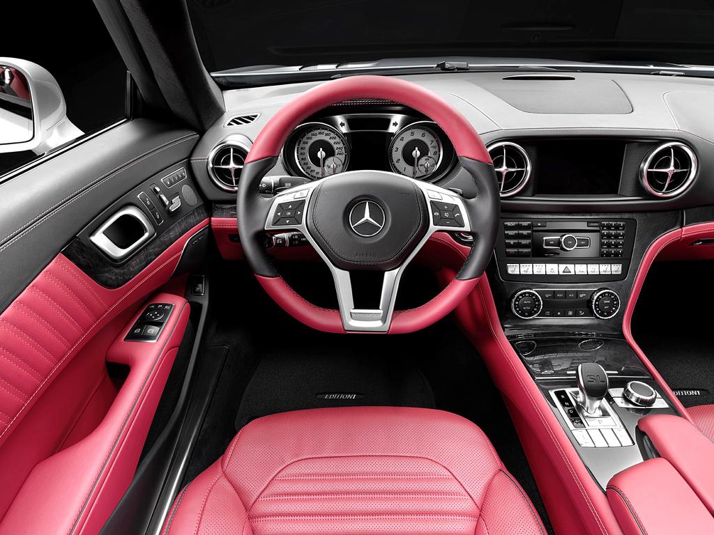 Mercedes SL: Blick ins sportlich-nobel gestaltete Cockpit.
