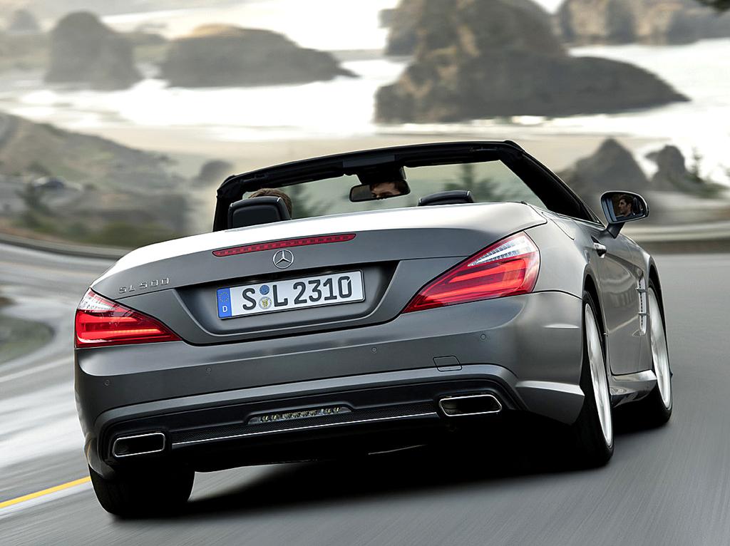Mercedes SL: Das Heck wirkt breiter, kraftvoller
