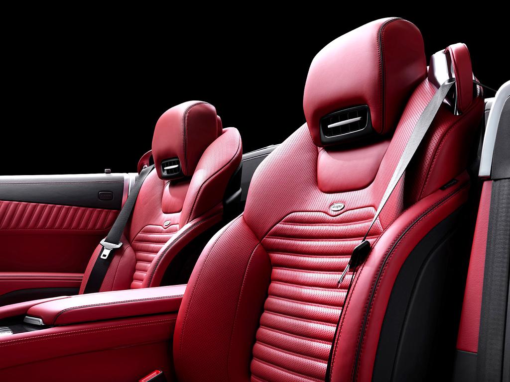 Mercedes SL: Diese Sitze bieten hervorragenden Seitenhalt.