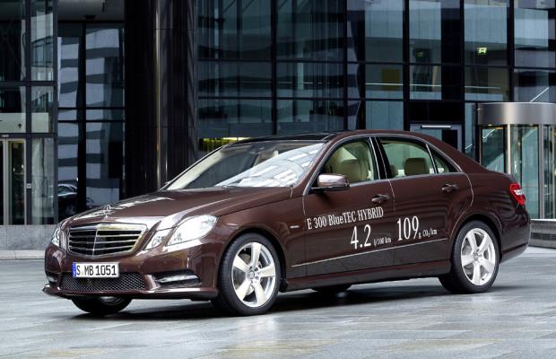 Mercedes kündigt E300-Dieselhybrid für Europa an, Benzinervariante für die USA