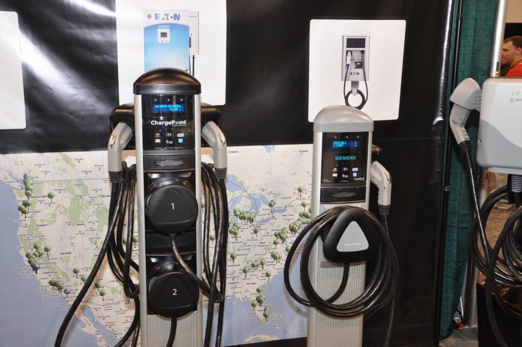 Neuartige Stromtankstellensuche - Online zum nächsten Stecker