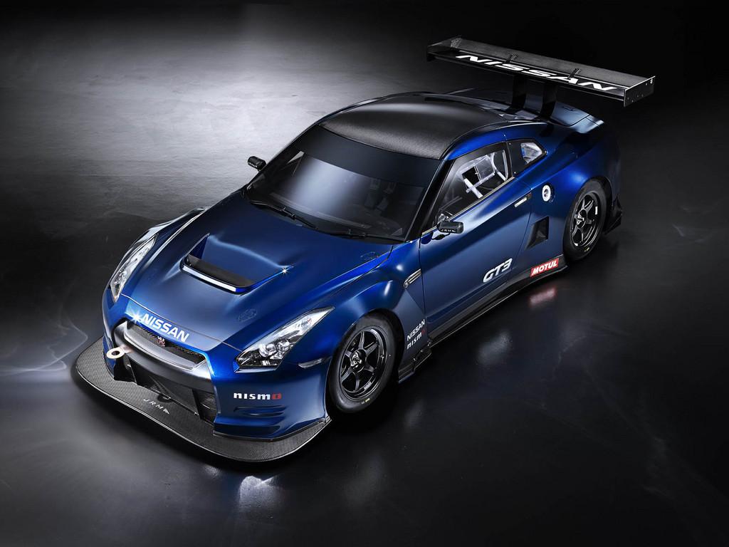 Nissan stellt sich Konkurrenz im ADAC GT Masters
