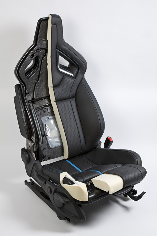 Opel Astra OPC mit weltweit einzigartiger Sitz-Technik