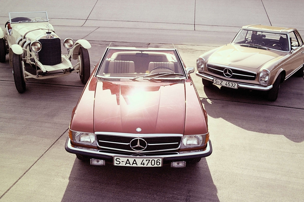 Tradition: 60 Jahre Mercedes-Benz SL - Von Flügeltürern, Pagoden und Panzerwagen
