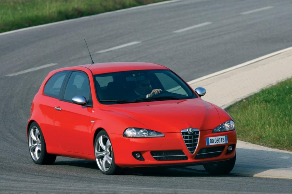 Unter den ganzen Kompakt-Modellen bildet der Alfa die individualistische Alternative mit südeuropäischem Flair