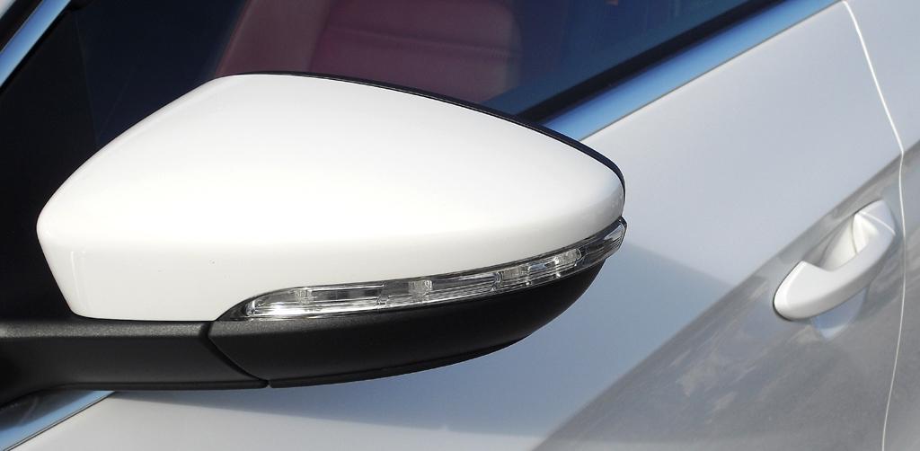 VW CC: In die Außenspiegel sind Blinkleisten integriert.