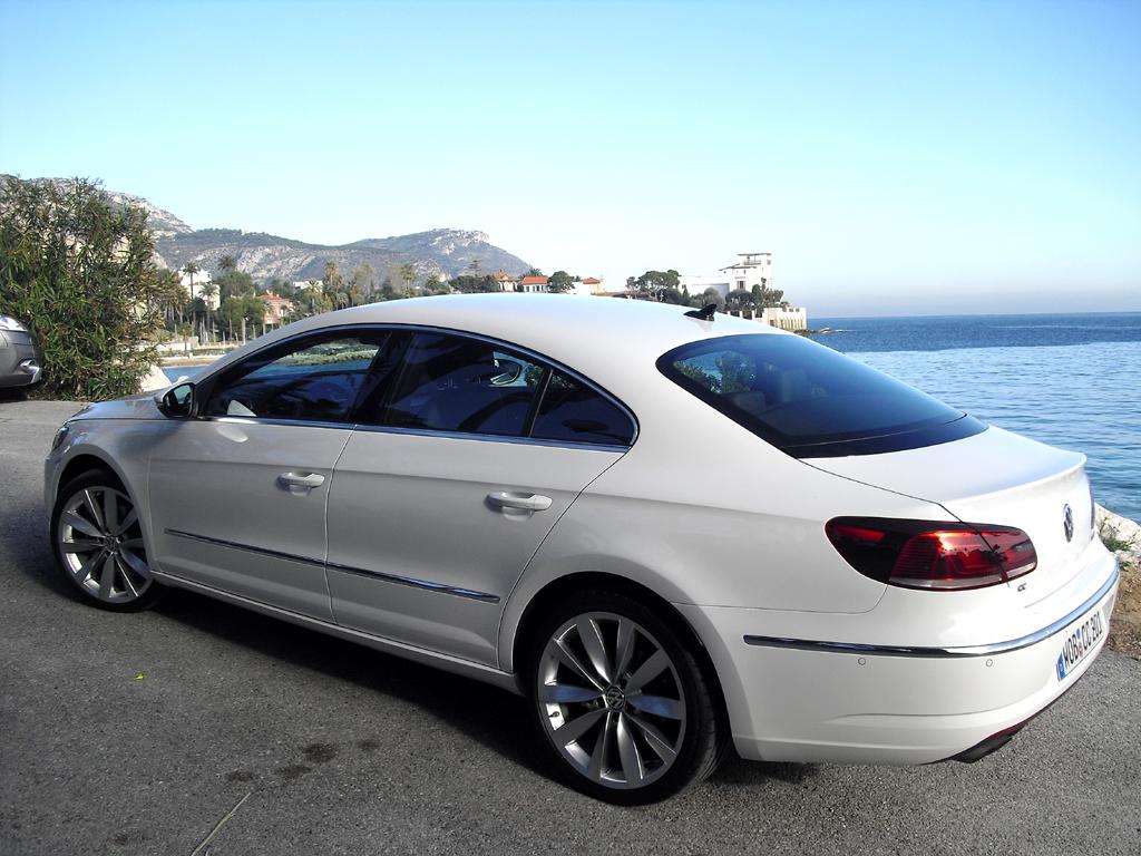 VW CC: Und so sieht das Comfort-Coupé von der Seite aus.