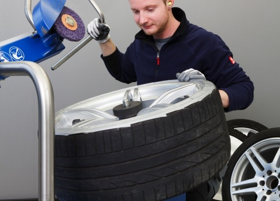 WheelDoctor: Kratzer an Alufelgen günstig entfernen