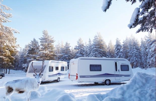 Wintercamping mit Reisemobil und Caravan